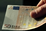 Financial crisis leaves euro with new popularity