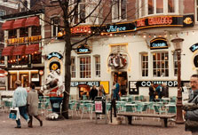 Amsterdam closes 43 'coffee shops'