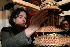 Dutch restoring clocks from Chinese imperial collection