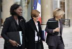 Sarkozy's 'power women' struggle on the campaign trail