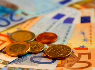 France loses its third triple-A: a threat for the eurozone?