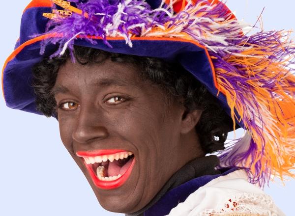 Young children identify Zwarte Piet with clowns